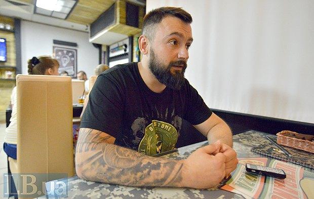 Леонід Остальцев у своїй піцерії
