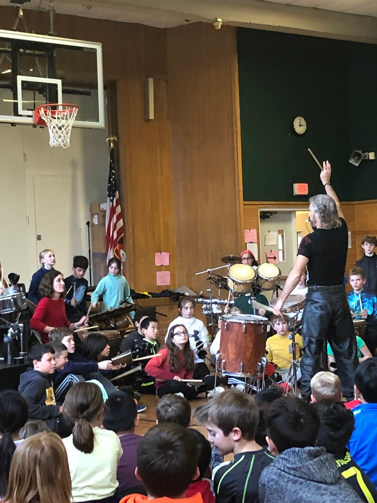5th Graders making music with Tony Vacca