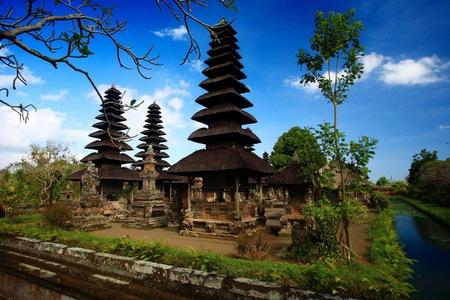temples bali.jpg