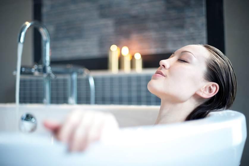 taking a bath.jpg.838x0_q67_crop-smart.jpg