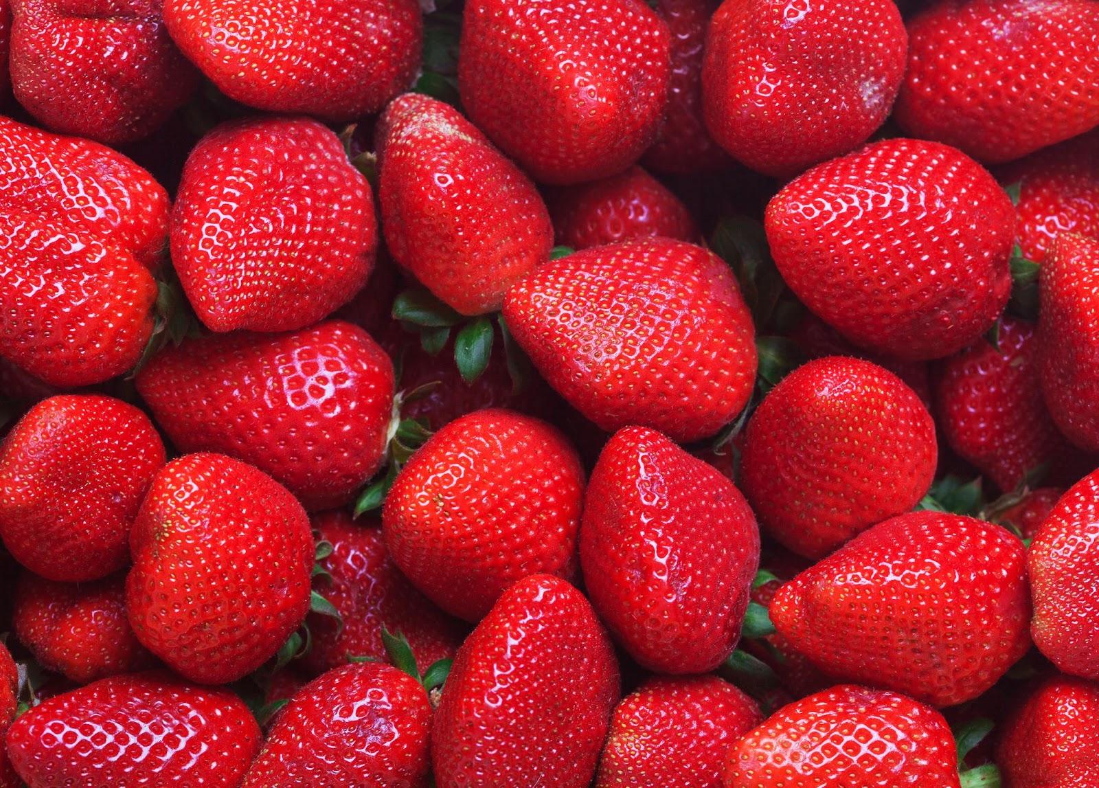Quả dâu tây - Trái cây chứa nhiều collagen chống lão hoá da