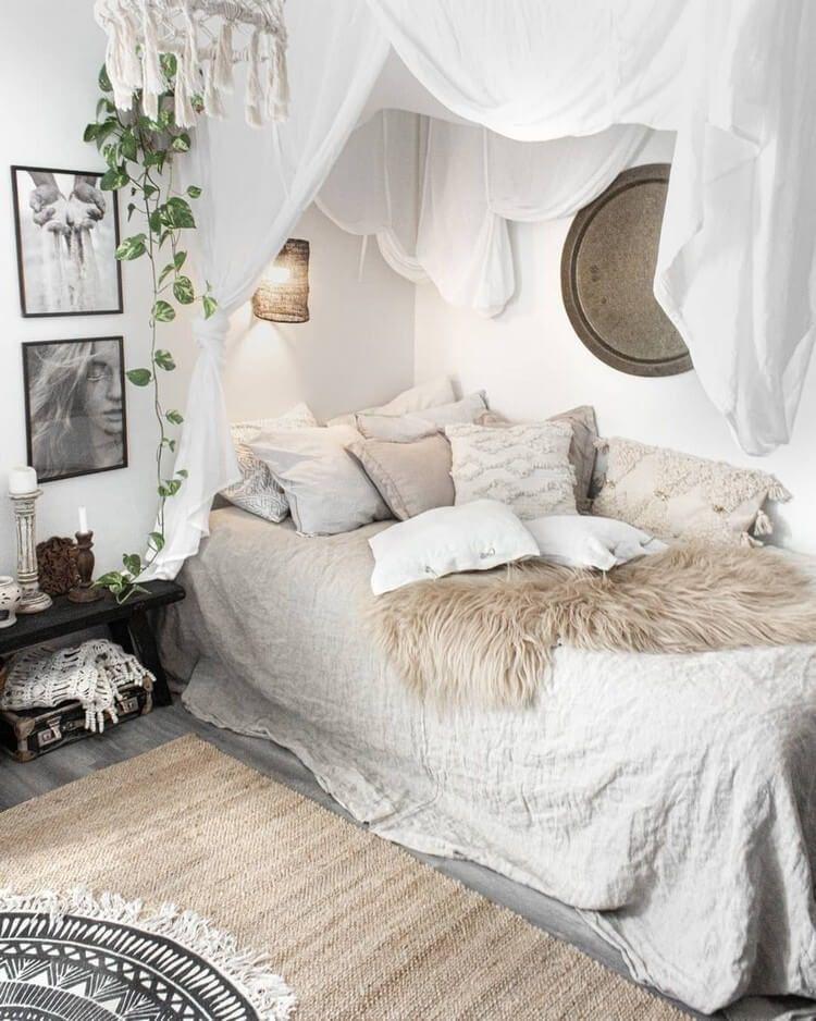 Romantic Bohemian Bedroom Decor Ideas