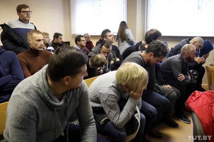 """""""Зачем сдавать матч, если половина команды пьяная?"""" Как игрались """"договорняки"""" в белорусском футболе"""
