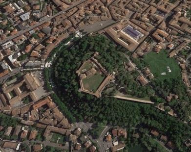 F:\Foto Concittadini\Viale Mazzoni Piazza del Popolo.JPG
