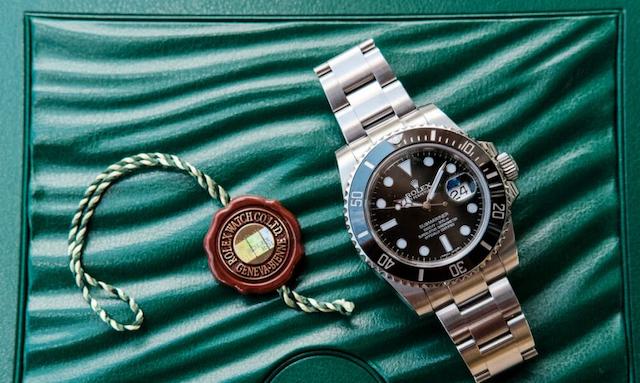Những nơi cầm đồ không uy tín thường tráo đồng hồ giả