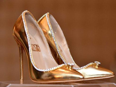 Phương pháp xi mạ gót giày có giúp cho đôi giày bền hơn không?