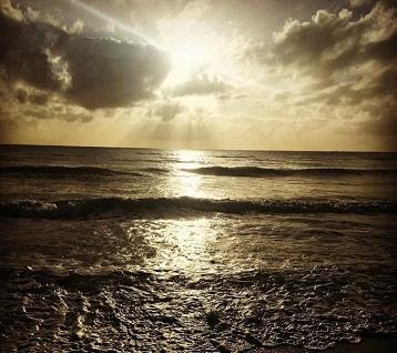 Sunrise at Yorkeys Knob