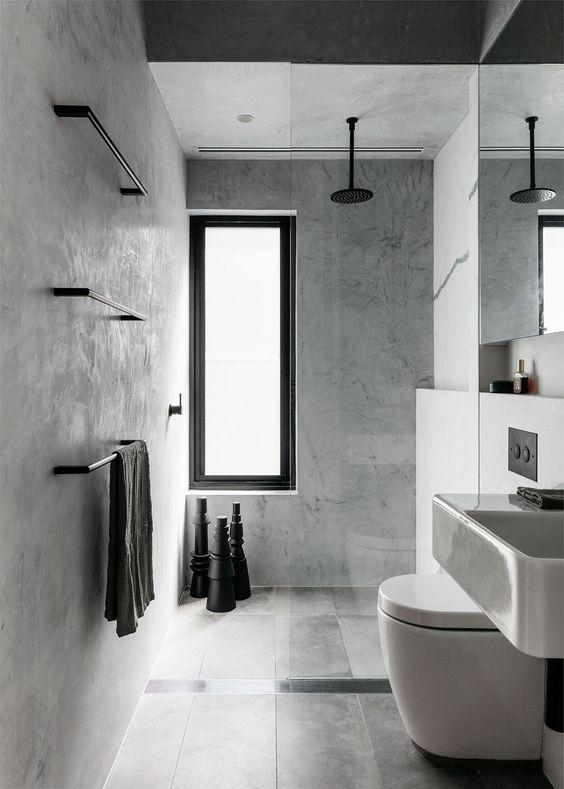 ralo linear no banheiro