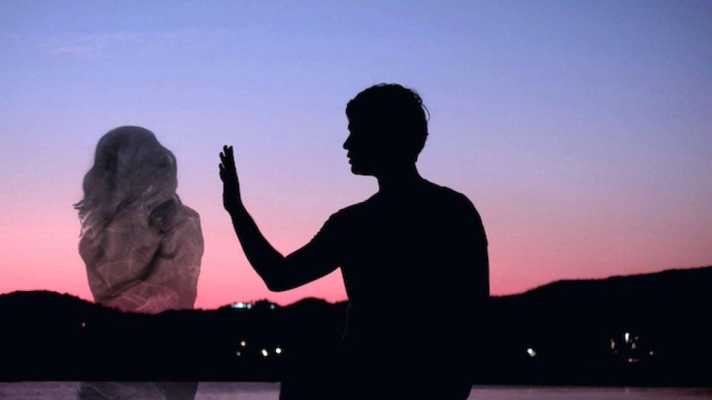 Duyên âm là mối quan hệ độc hại với người còn sống