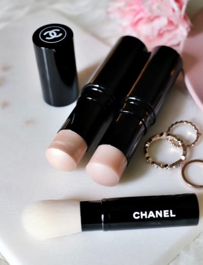 Chanel multi-glow stick