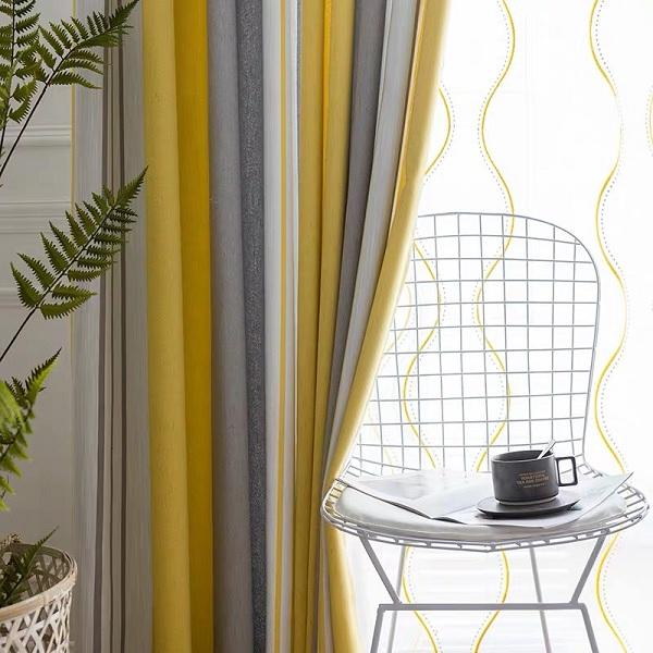 Mẫu rèm vải trẻ trung có màu sắc đa dạng, độc đáo