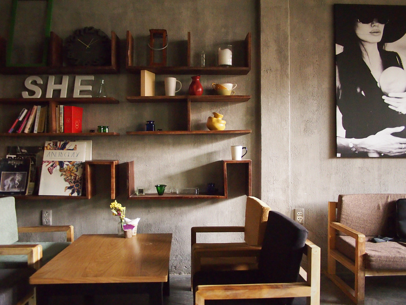 shecafe.jpg