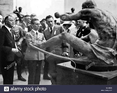 Περιγραφή: Goebbels at art exhibition at the Olympic Games Berlin 1936 Stock ...