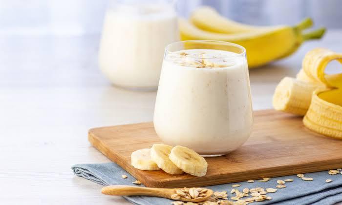 1. กล้วยหอม กับ น้ำผักผลไม้ปั่น