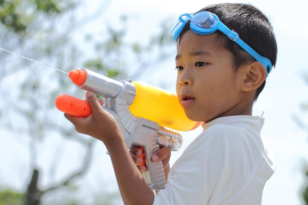 ../../Desktop/stock-photo-japanese-boy-playing-with-water-gun-first-grade-at-elementary-school-424149028.jpg