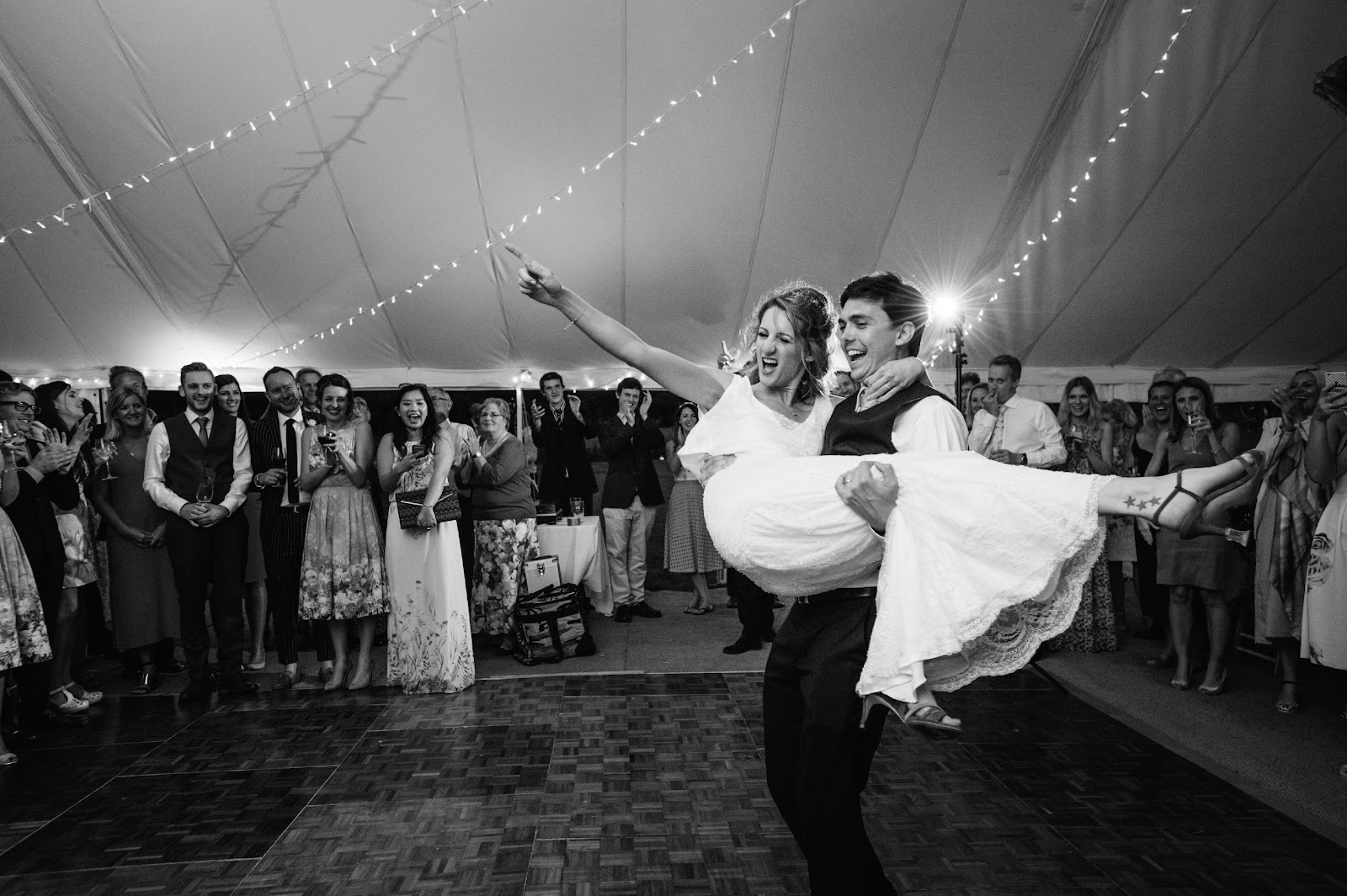 Macintosh HD:Users:Matt:Dropbox:Matthew Scott - Photos:Website:Blog Posts:2019:How to get the best from your wedding photography:Oli-&-Katie-1390.jpg