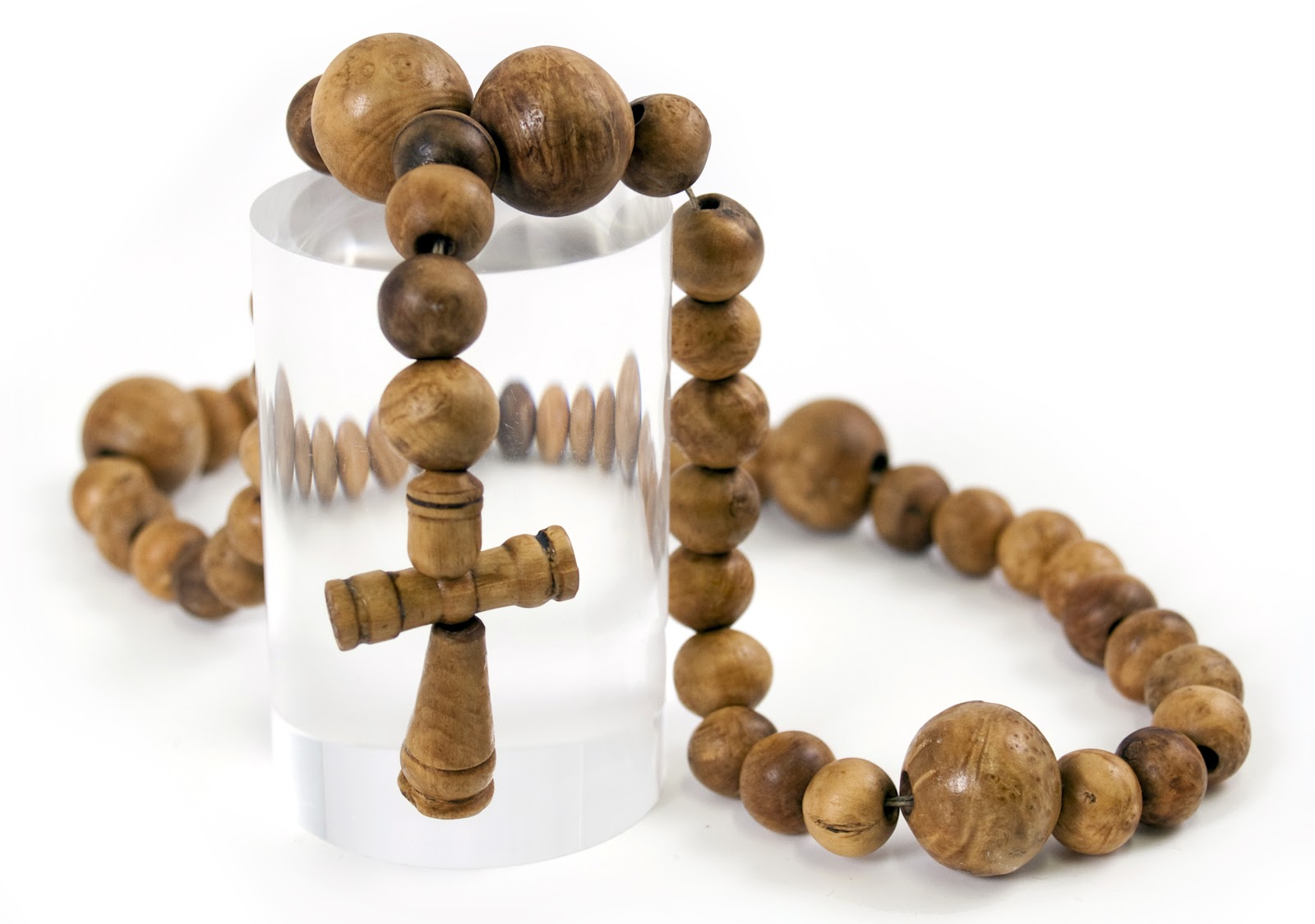 File:MaryRose-rosary-81A1414h.