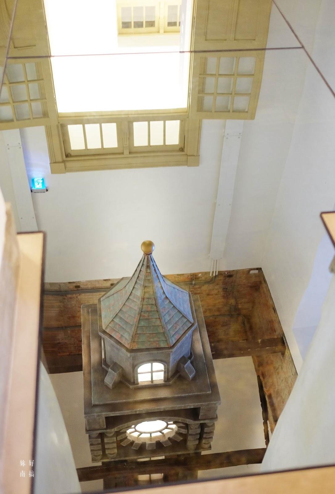 已拆除的東邊高塔 , 以裝置藝術的形式供大家想望