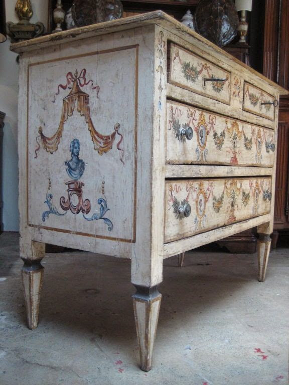 Painted furniture from italy rescue restore redecorate for Italian painted furniture