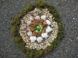 Andy Goldsworthy – Art in Nature, using found and natural objects ...