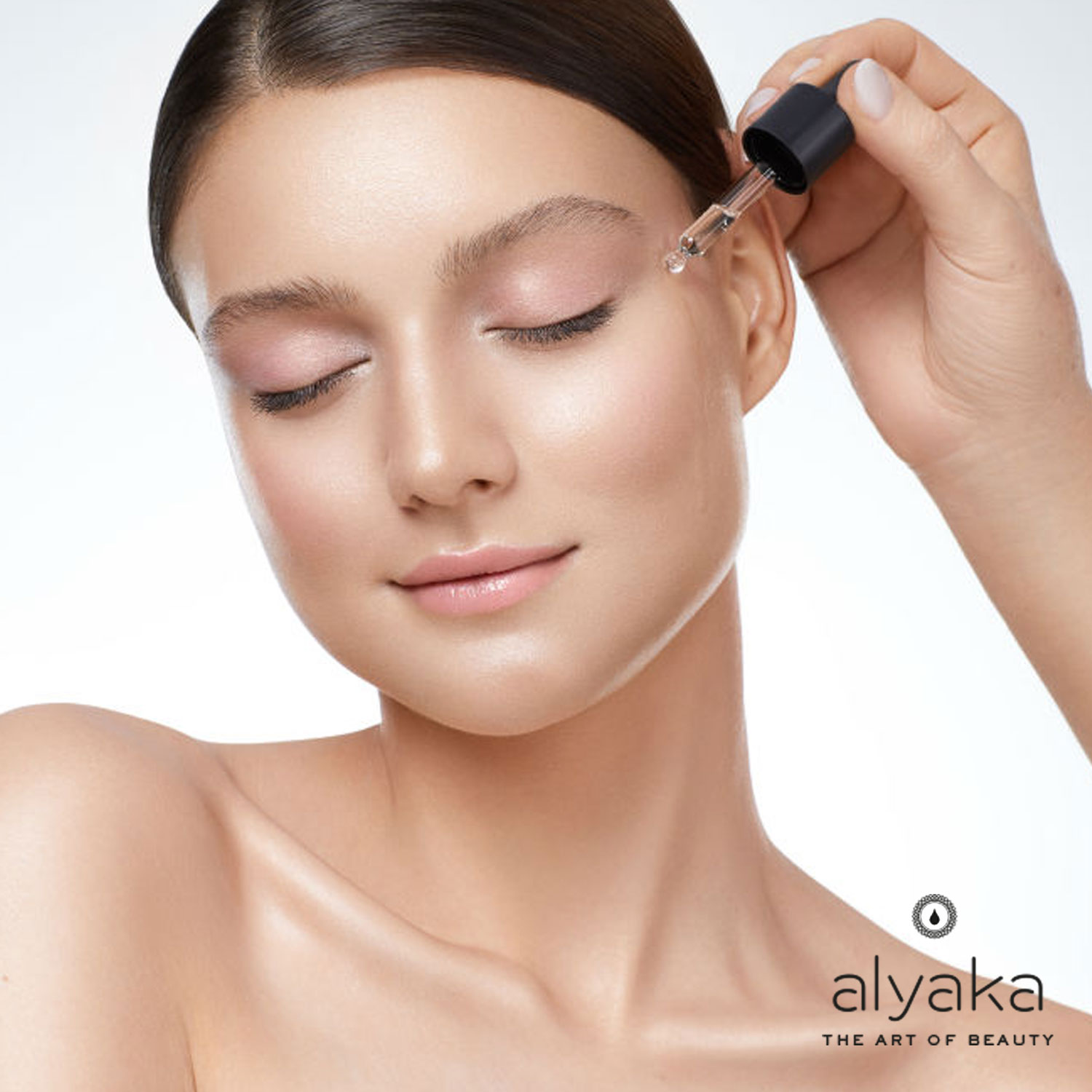 Using Eye Cream with Face Oils