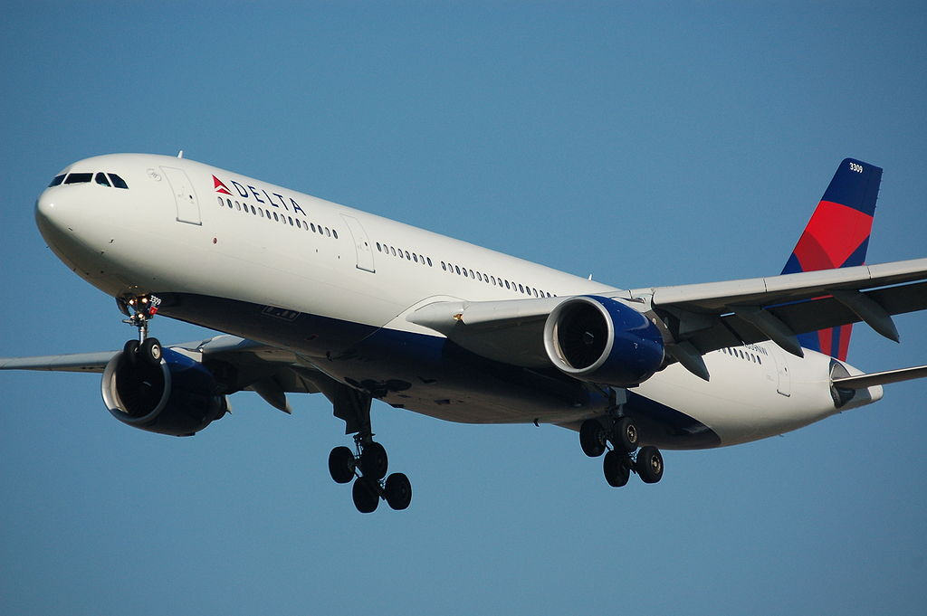 1024px-Delta_A330.jpg