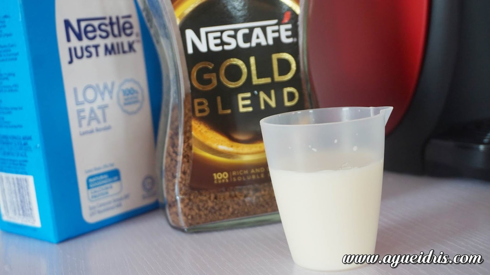 Nescafe Gold Barista Coffee Machine cara guna harga (23).JPG
