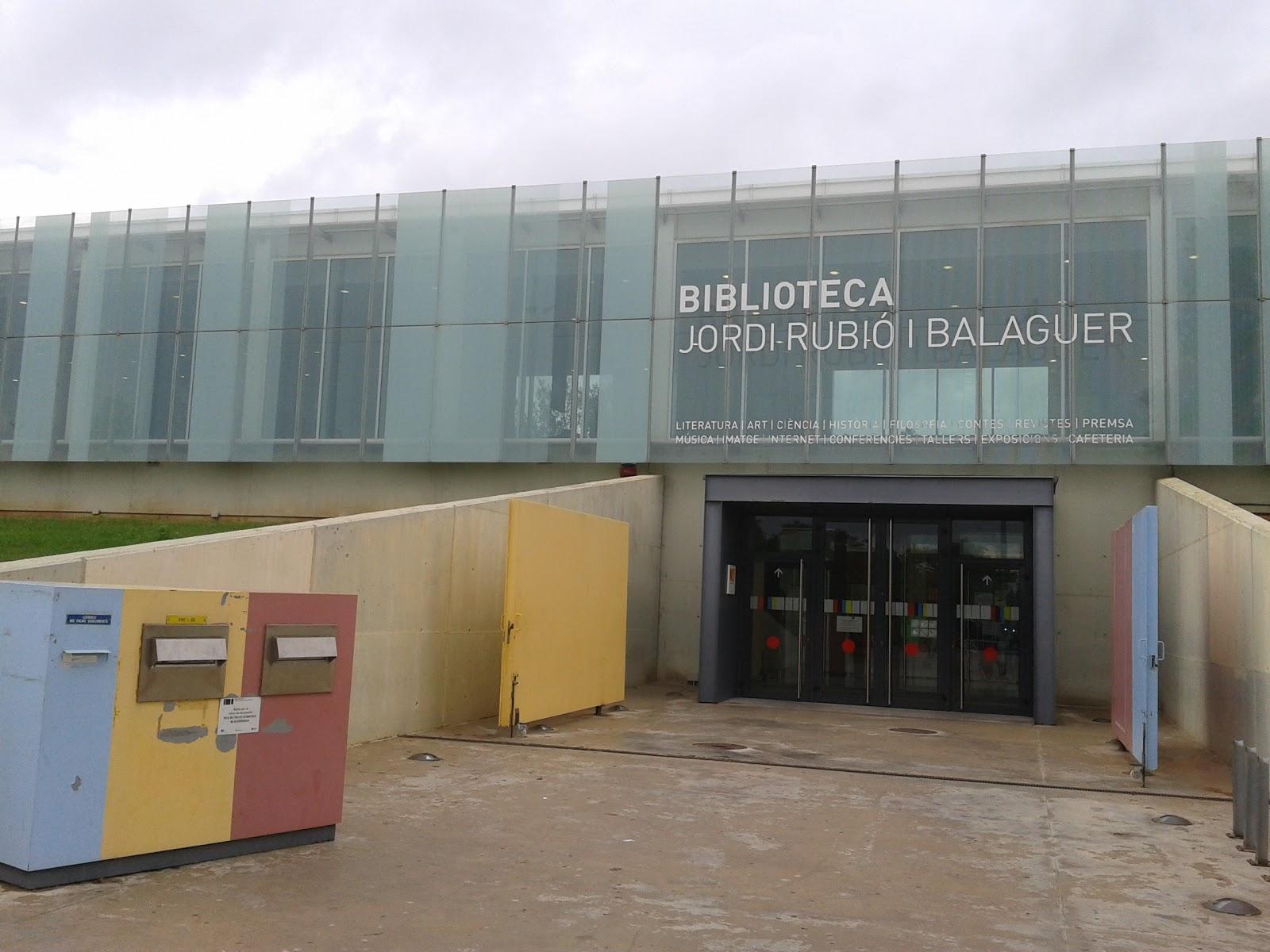 la-biblioteca-jordi-rubio-i-balaguer-de-sant-boi-de-llobregat-guanyadora-de-la-2a-edicio-d.jpeg
