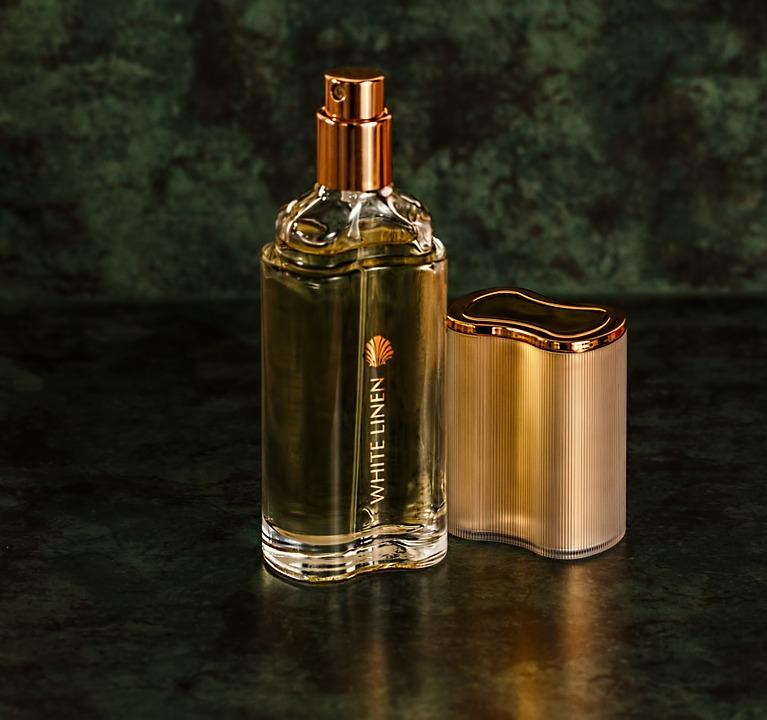 Руководство для женщин по парфюмерии: выбор правильного аромата