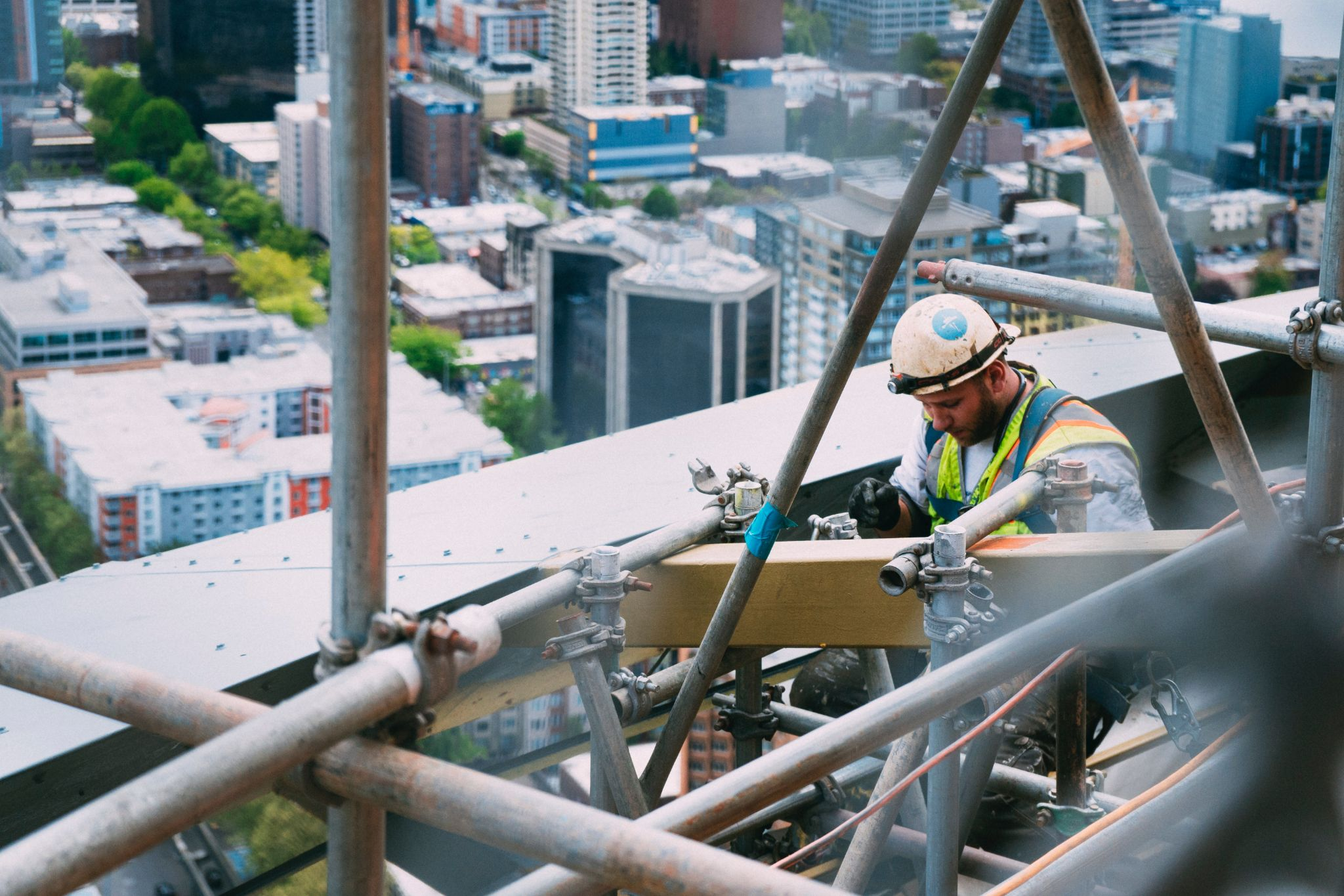 Construção foi a atividade econômica com maior crescimento no estoque de vínculos ativos