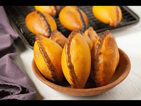 Salteñas (Bolivian Baked Empanadas) - Chipa by the Dozen