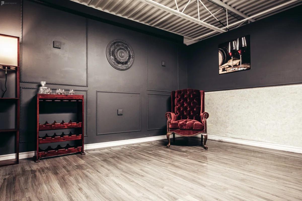 indoor moody studio space in toronto