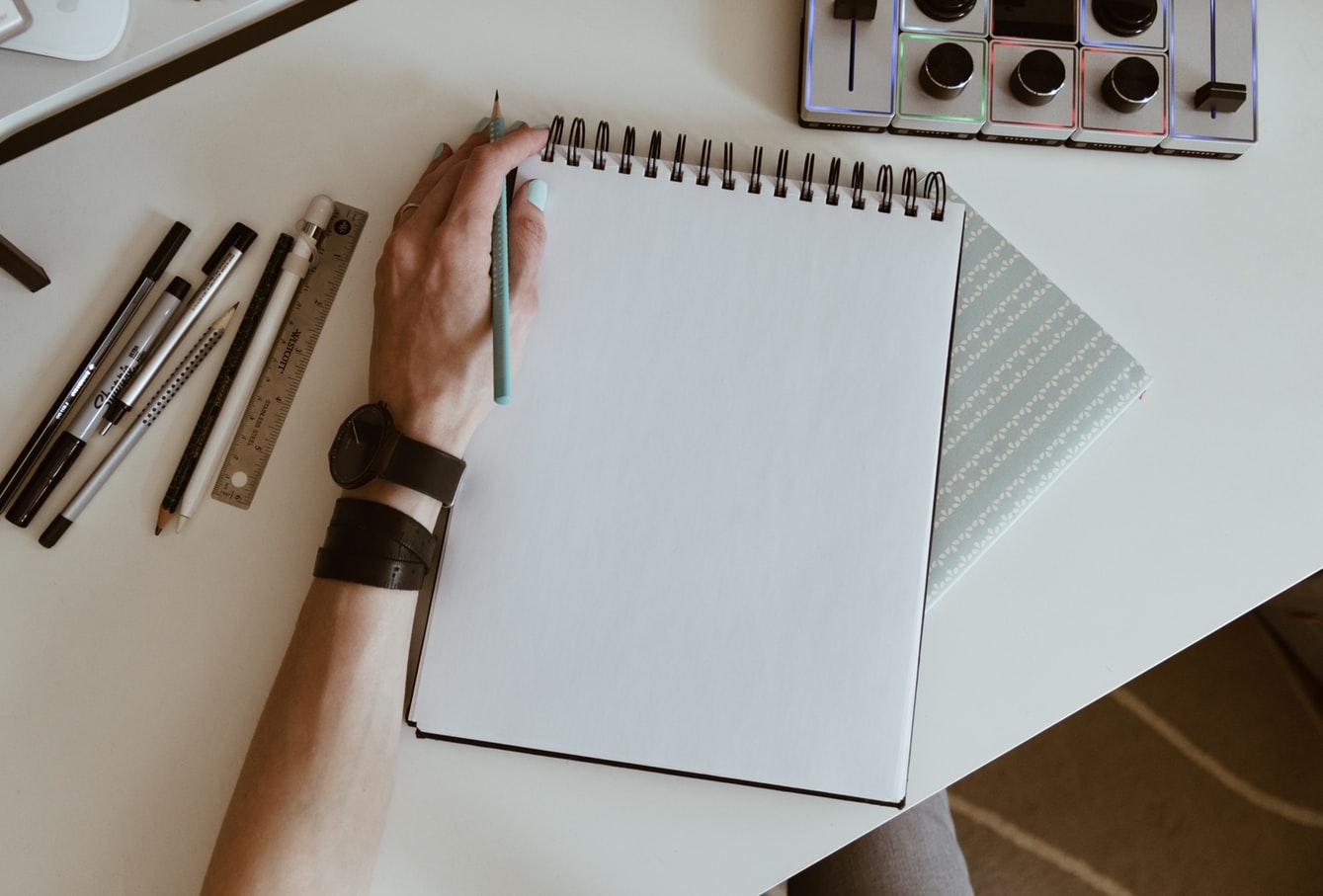 desenhe rapido usando o braço todo