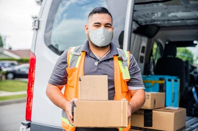 Dịch vụ gửi hàng đi Mỹ phụ thuộc vào khối lượng hàng hóa