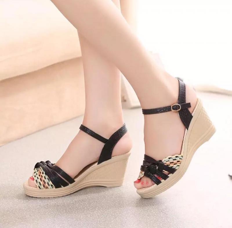 Dễ dàng chọn giày với size chân quá cỡ