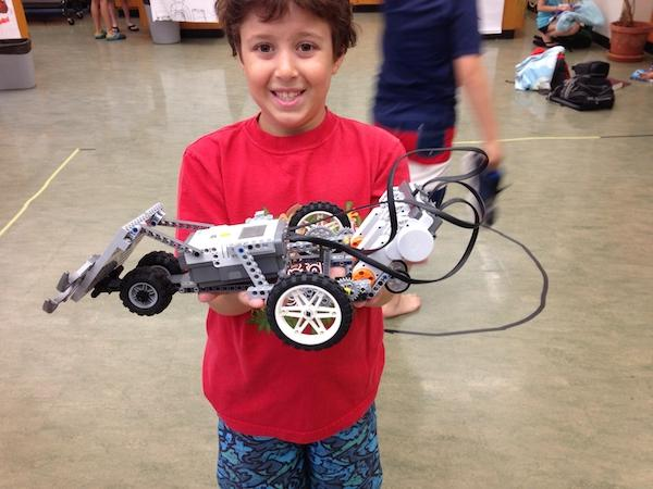 https://www.penncharter.com/uploaded/summer_camp/Robotics_2016_winning_bot_1.JPG