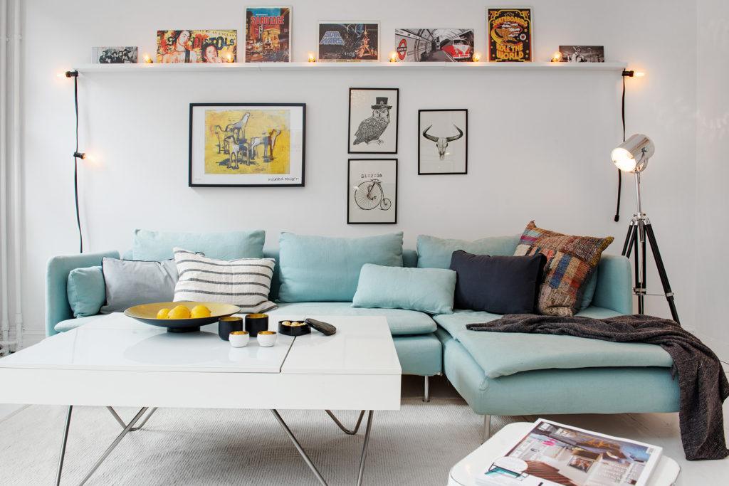 Bố trí đầy cảm hứng của khung ảnh cho trang trí phòng khách