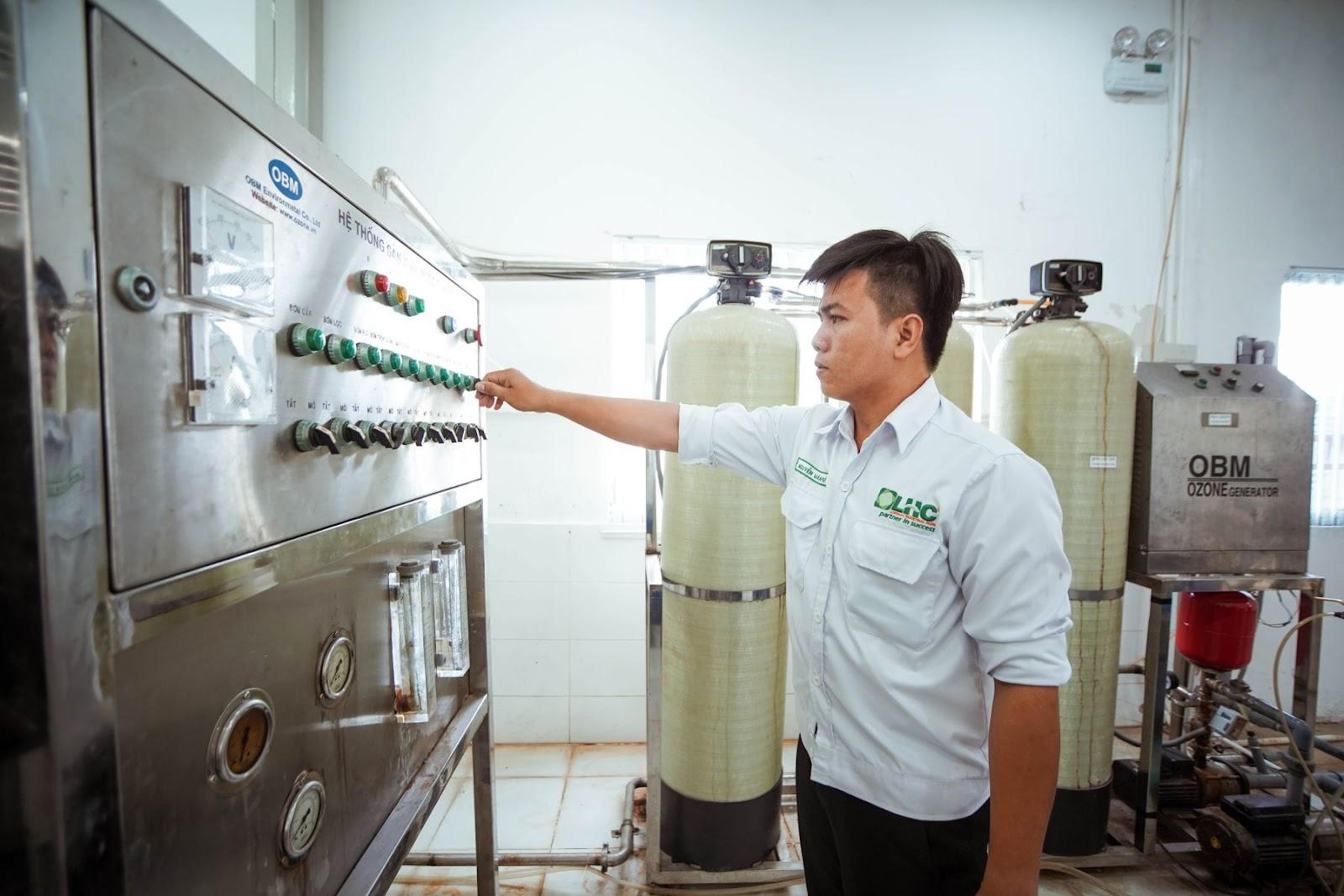 Quy trình sản xuất nước uống đóng chai