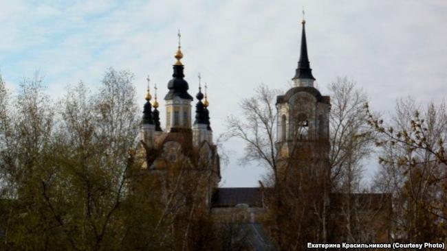 Воскресенская церковь в Томске (1789 г.) Рядом находилось кладбище
