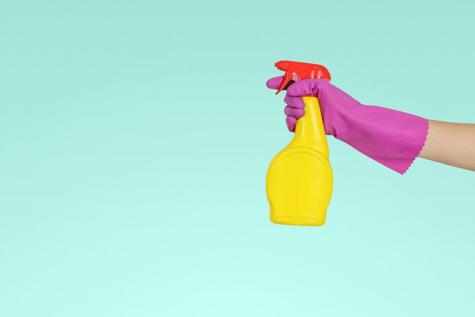 Wie viele Zimmer reinigt ein Zimmermädchen durchschnittlich pro Tag?