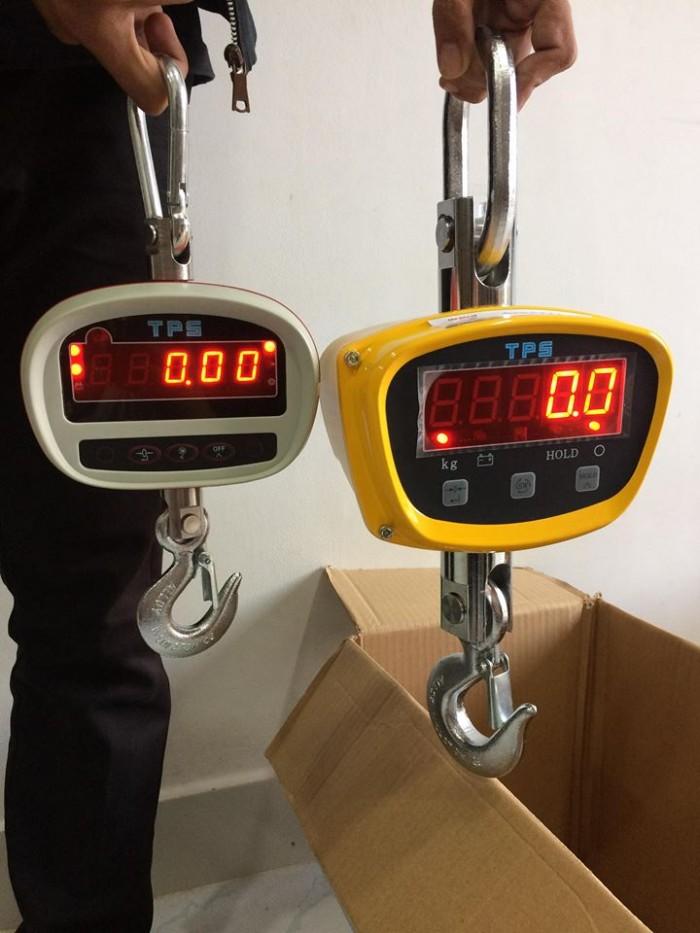 Cân treo có thể đo được những vật có khối lượng lớn