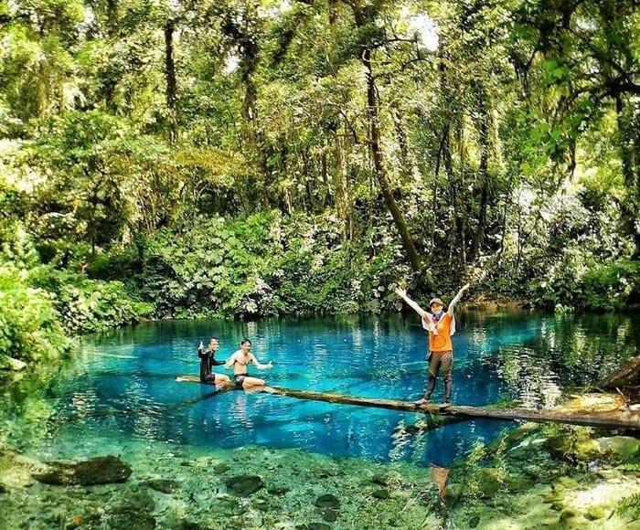 DAnau Kaco Jambi berada di ketinggian 1289 mdpl, hanya saja luas danau tak begitu besar yakni hanya 30 x 30 meter saja, atau 900 meter persegi