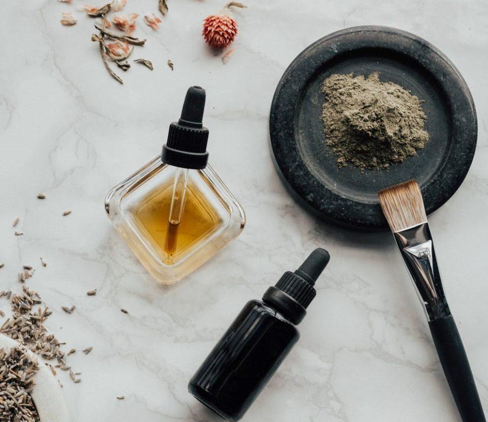beard care tips- beard oil