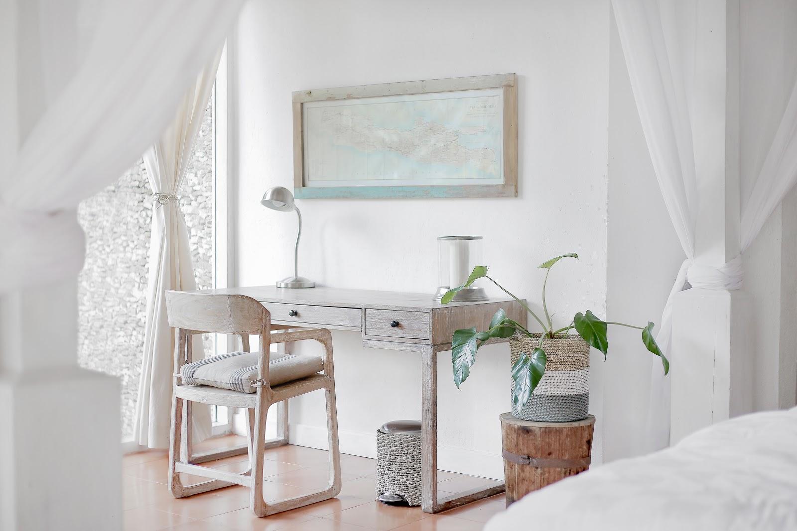 Desain minimalis memberikan kesan ruangan lebih luas - source: unsplash.com