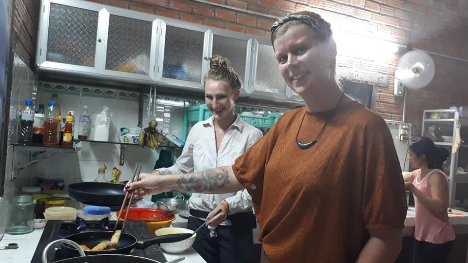 Căn bếp Ngọc Phượng Homestay