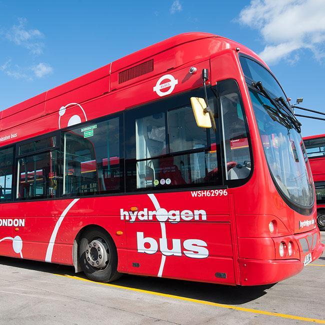 leaner buses | London City Hall