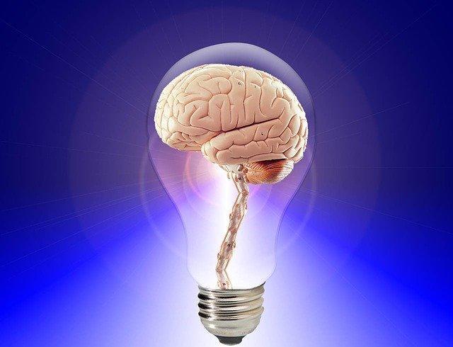 Uma imagem contendo luz  Descrição gerada automaticamente