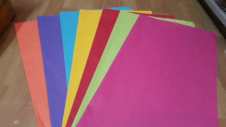 giấy bìa màu