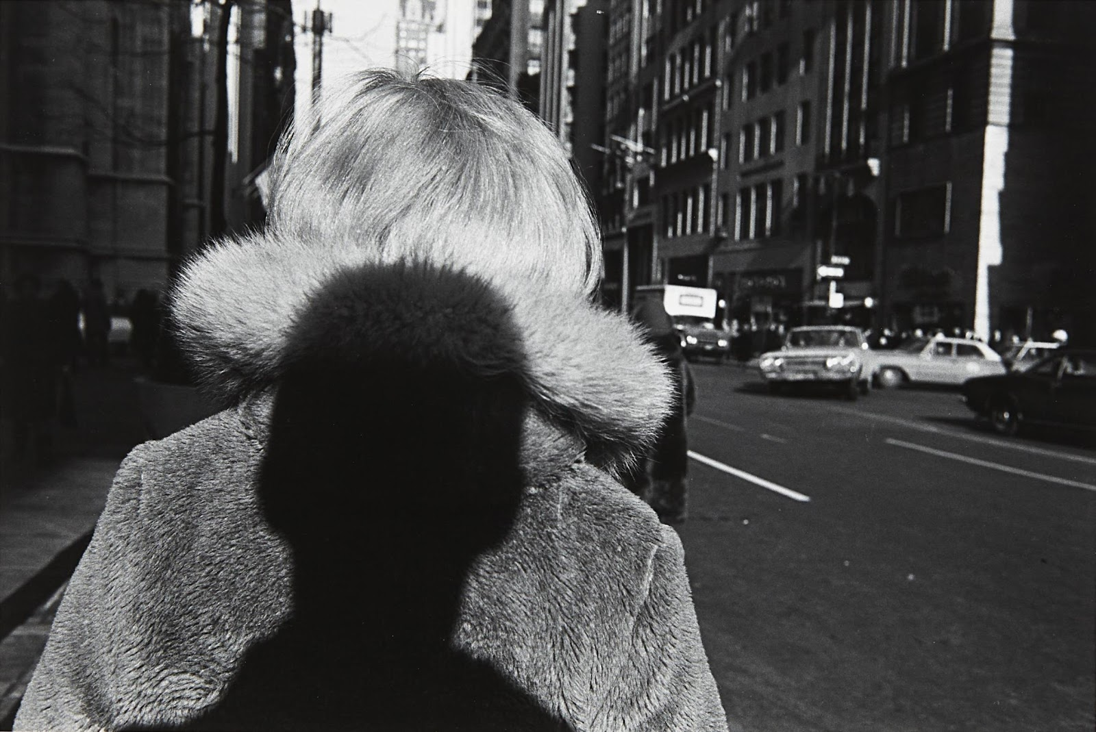 Lee Friedlander, New York City, 1966 da Self-Portrait, 1970, (Fraenkel Gallery, San Francisco).