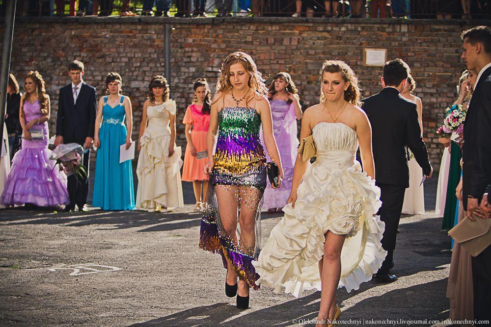 452aae37dce6886 Украина не бордель выпускные платья - Модадром